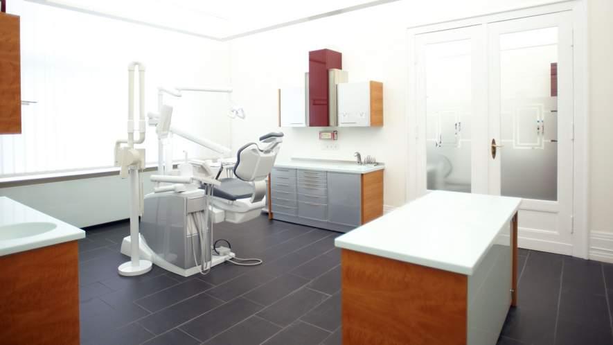 Zahnarztpraxis Dr. Nowak