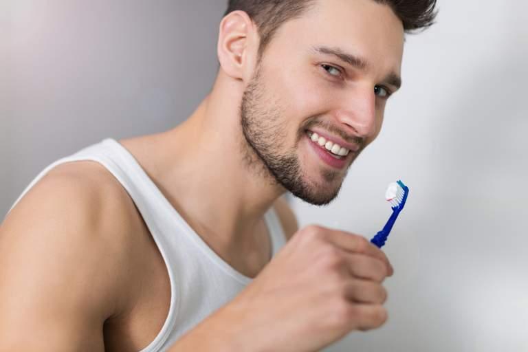 Künstlicher Zahnschmelz aus der Zahnpastatube